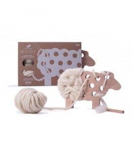 Woody Ovejita de madera y lana