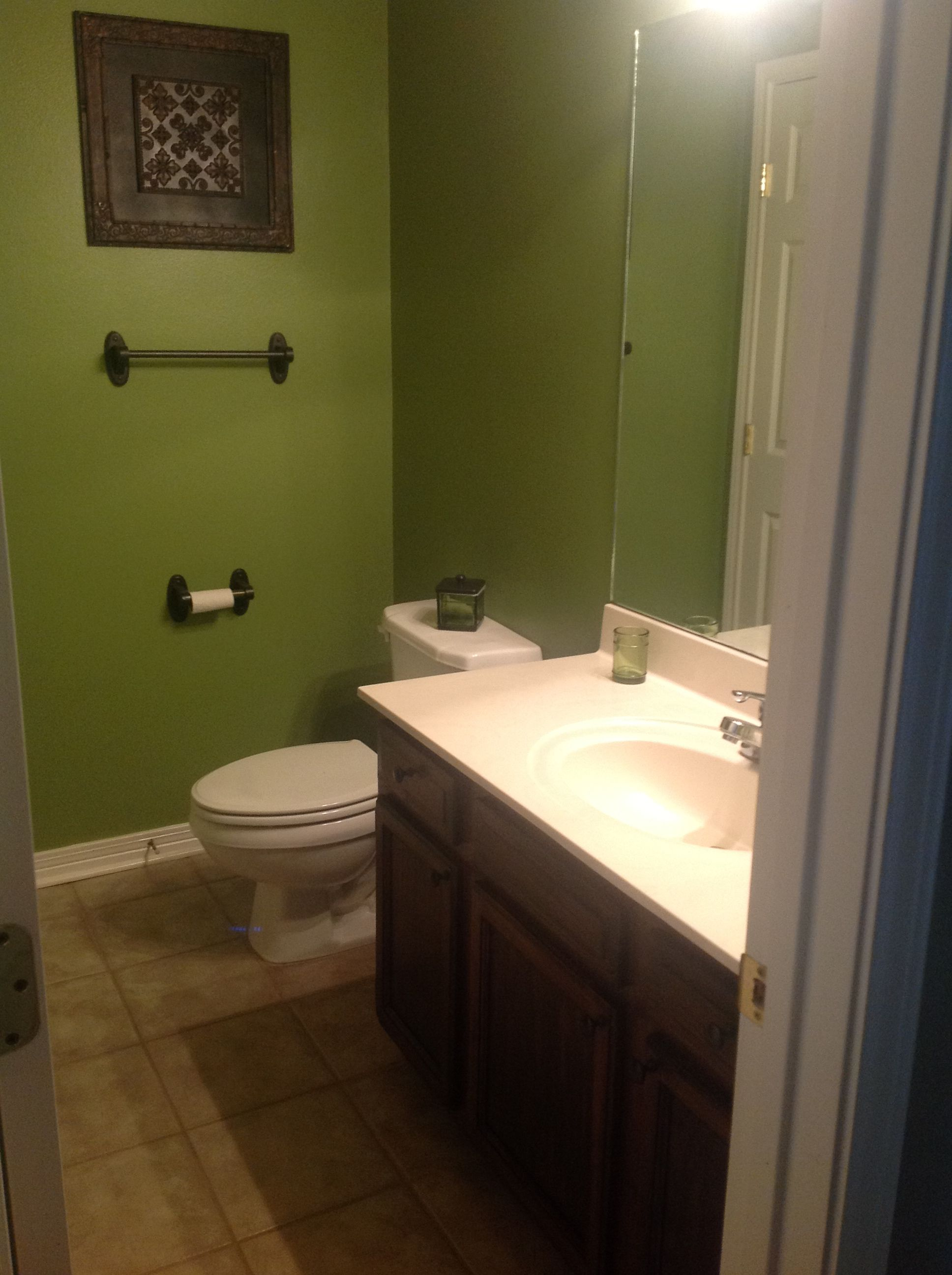 Green And Brown Bathroom With Images Brown Bathroom Decor