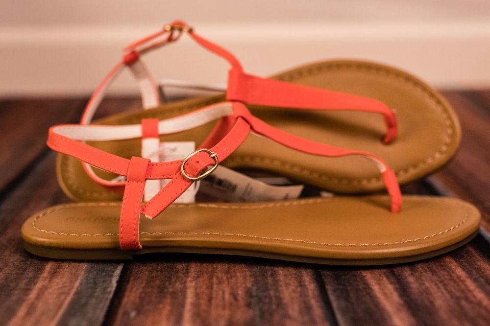 Size 10 brown Old Navy T-Strap Sandals Sandals