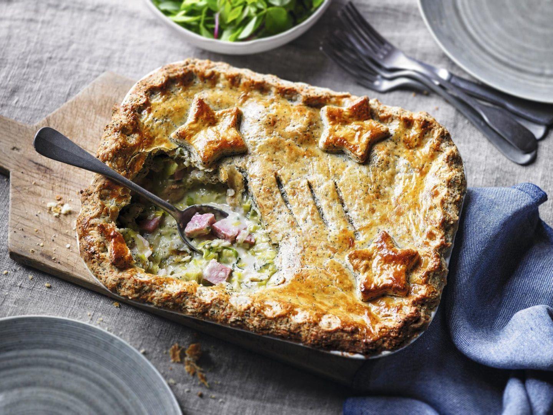 Turkey and ham pie with leeks | Recipe | Turkey, ham pie ...