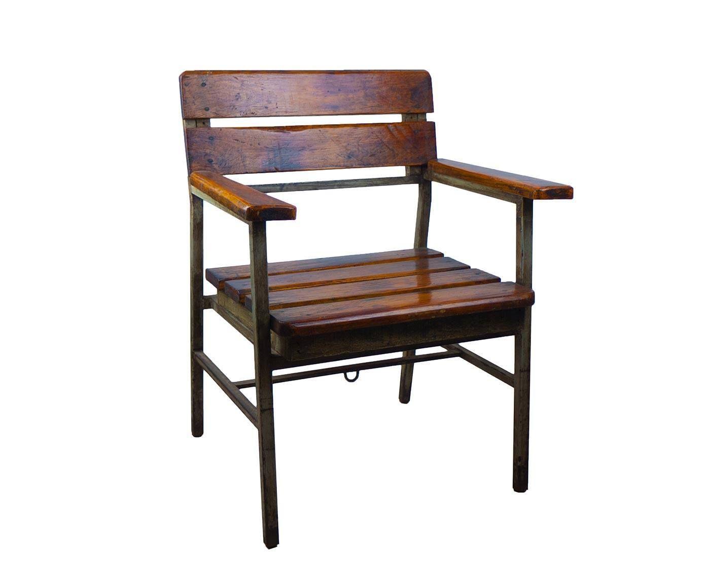 Silla de madera de teca reciclada y hierro westwing home living sillas y sillones madera - Sillas y sillones ...