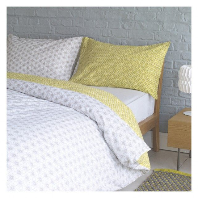 Ditsy Grey And Yellow Reversible Kingsize Duvet Cover Set Yellow Bedding Sets Bedding Sets Grey Duvet Cover Sets