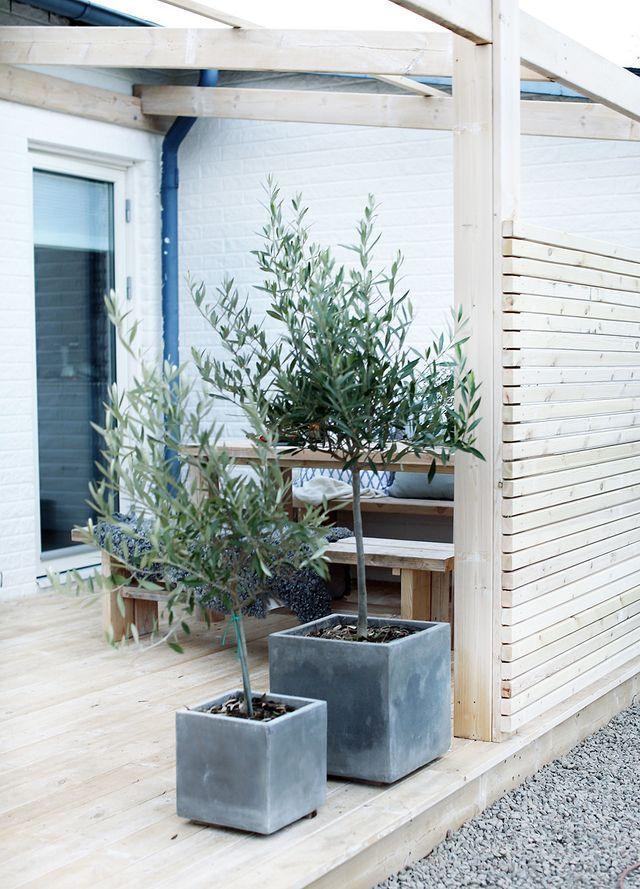 Rooftop Deck Cost Per Square Foot Garden Fencing Metal Fence Backyard Fences