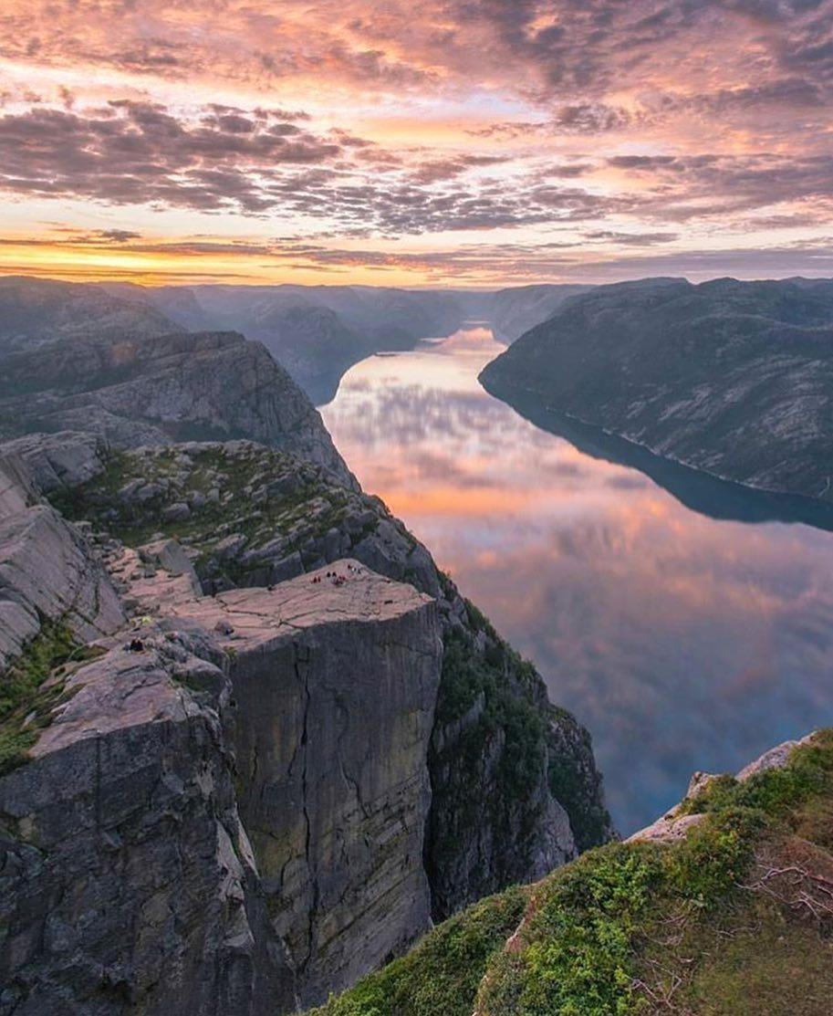 "Travel & Wanderlust on Twitter: ""Preikestolen, Rogaland, Norway! ❤️RT always appreciated! (📷walasavagephoto) #seetheworld #travelphotos #travel https://t.co/lC3qWyVIFh"""
