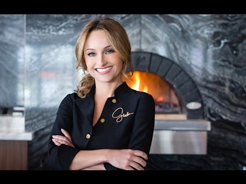 Top 10 Most Famous Richest Celebrity Chefs With Images Giada De Laurentiis Giada Celebrity Chefs