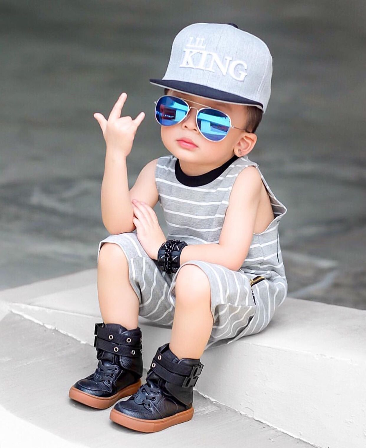 Pin By Valen Arenas On I Kid You Not Stylish Little Boys Cute Baby Boy Outfits Cute Baby Boy Images