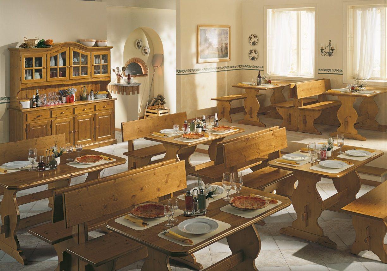 Mobili rustici per pizzerie e ristoranti. #Tavoli e #panche