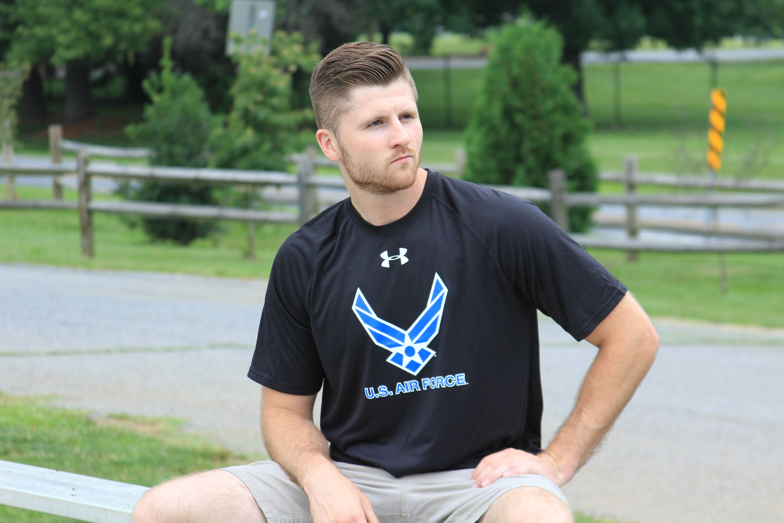 Air force wings under armour tech tshirt (black) Tech t