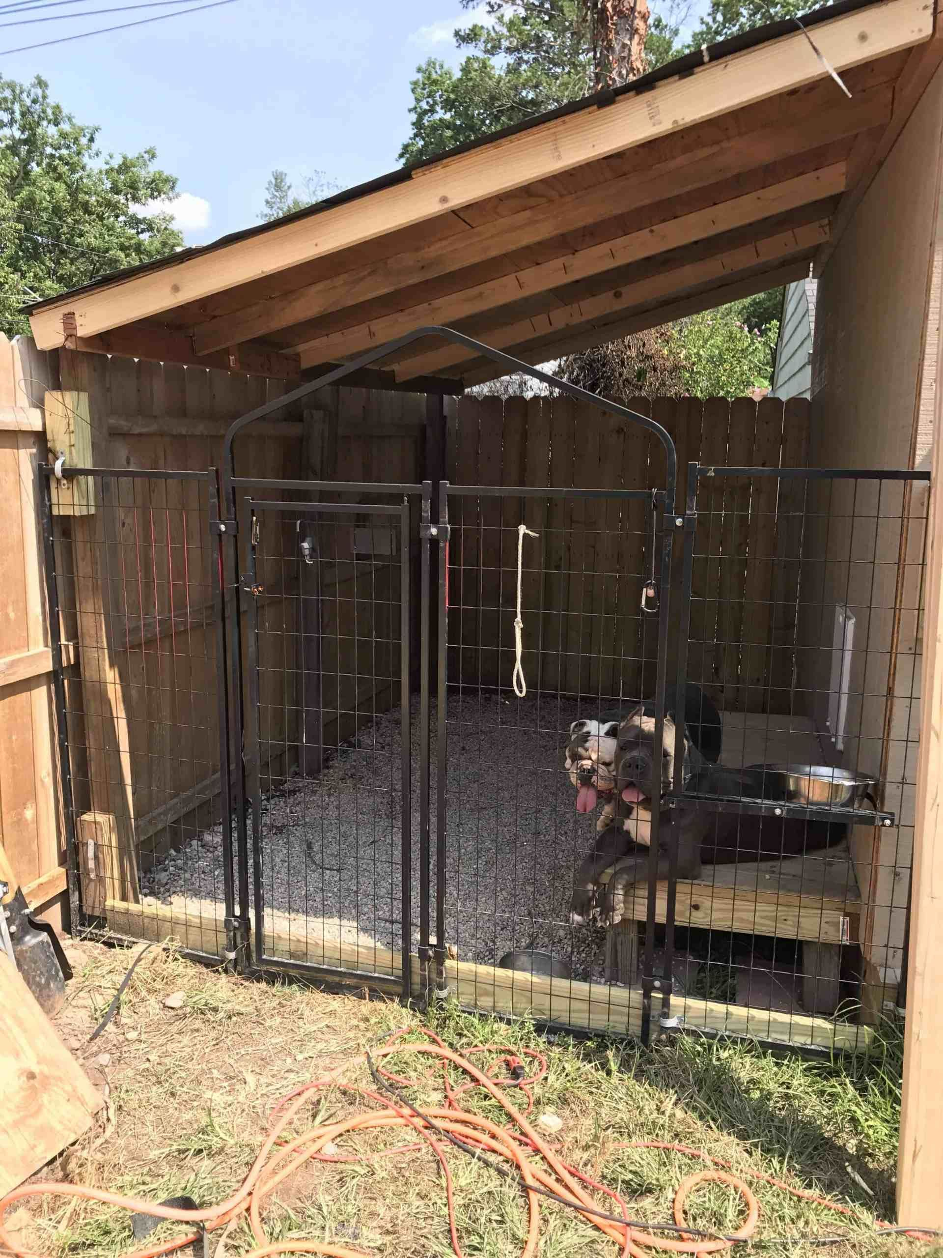 30 Clever Designs Of How To Build Backyard Dog Kennel Ideas Simphome Dog Kennel Outdoor Dog House Diy Diy Dog Kennel Outdoor dog house diy