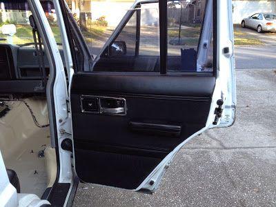 Morrison's Garage: Jeep Cherokee XJ - Rusty Floors, Bedliner and Interior Recolor
