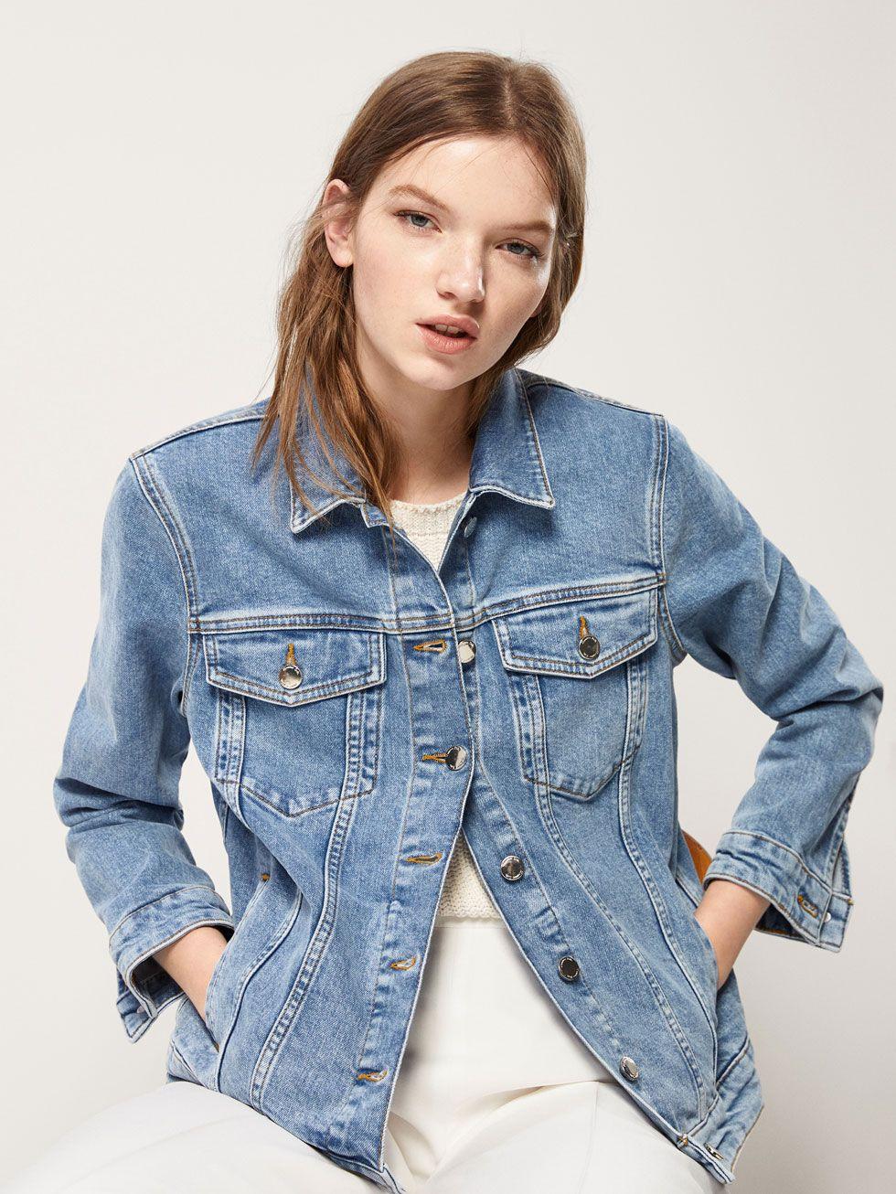 Posmotret Vse Palto I Kurtki Zhenshiny Massimo Dutti Womens Summer Fashion Outfits Denim Jacket Women Vintage Denim Jacket [ 1306 x 980 Pixel ]