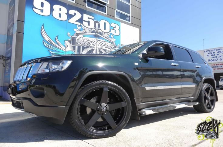 Jeep Grand Cherokee Rims & Mag Wheels | Jeep Grand Cherokee with KMC