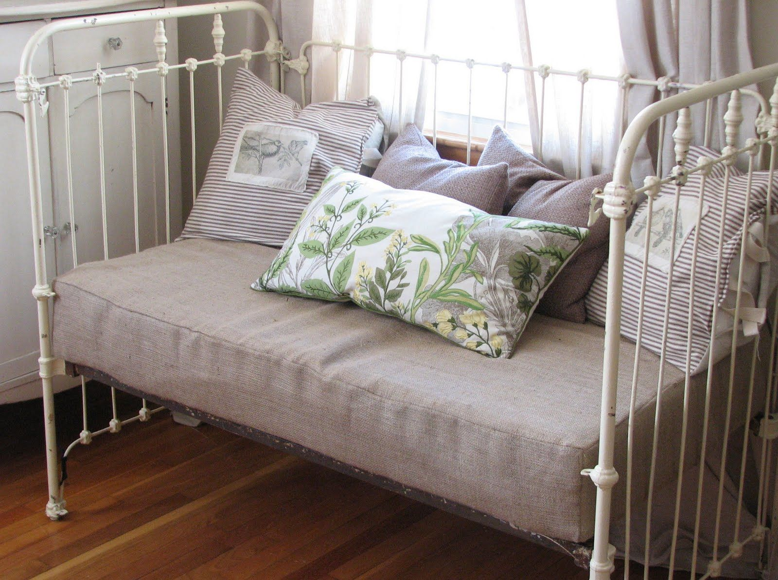 Antique Baby Cribs Iron Crib To Daybed Conversion For Baby Pinterest Iron Crib