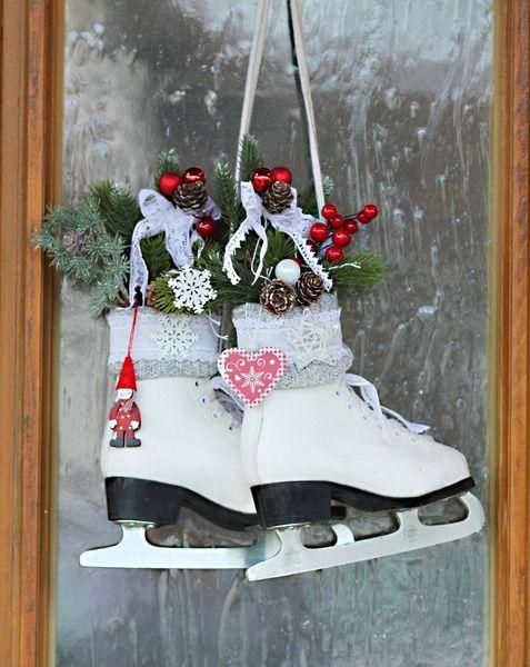 Weihnachtsdeko Im Landhausstil schlittschuhe weihnachtsdeko landhaus shabby thürmchens lädchen