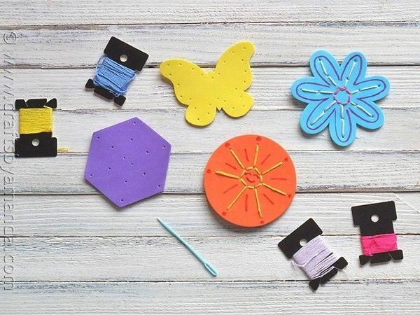 #BLOG | Olha que ideia legal para ensinar ou fazer artesanato com as crianças o EVA é uma boa opção para criar peças coloridas e divertidas. Essa semana lá no blog tem post cheio de referências desse material. Confere lá no http://ift.tt/11TT7Wu #artesanato #EVA #bordado #criança #férias #euamofazerartesanato