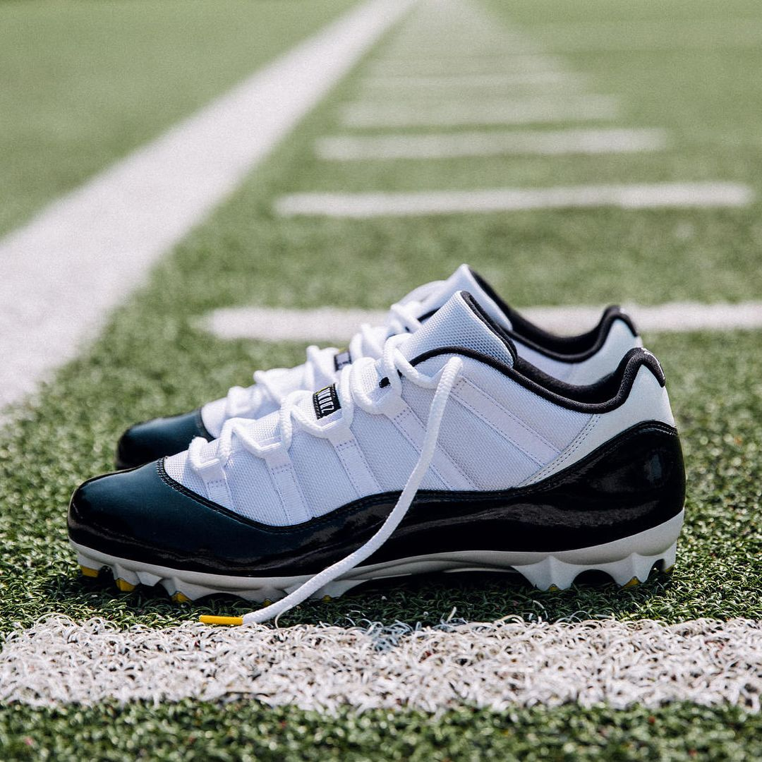 Leveonbell Will Wear These Air Jordan 11 Low Cleats If He