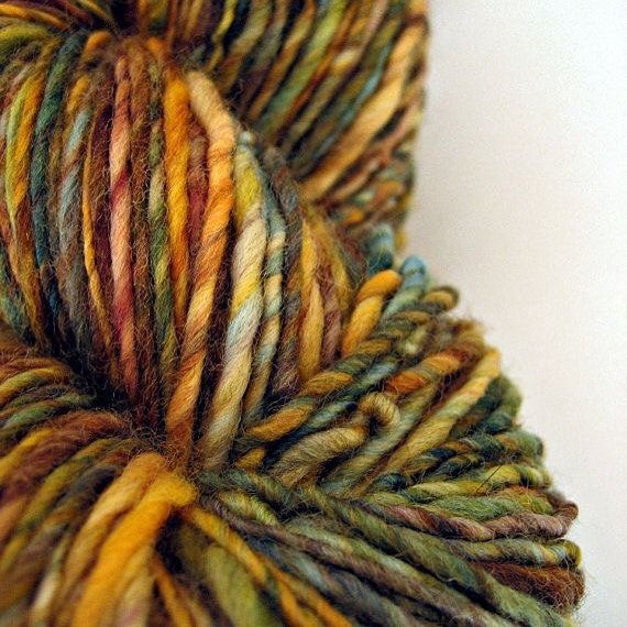 Green eyed kitty - color study ________________________________________  hand dyed and spun Merino by Dye2Spin via Etsy ________________________________________ #LuxeFibers  #Tweedside #Tweed  #Luxe #HandDying #HandSpinning #teeswater #HandKnitting #HandSpinnersofInstagram #knitting #GotlandSheep  #ColorStory #ColorStudy #handknitsweater #sweater #HandWeaving #weaving #wool #WoolTop #WoolFleece #Lamb #Sheep #SheepLove #Fiber #Fleece #WoolLove