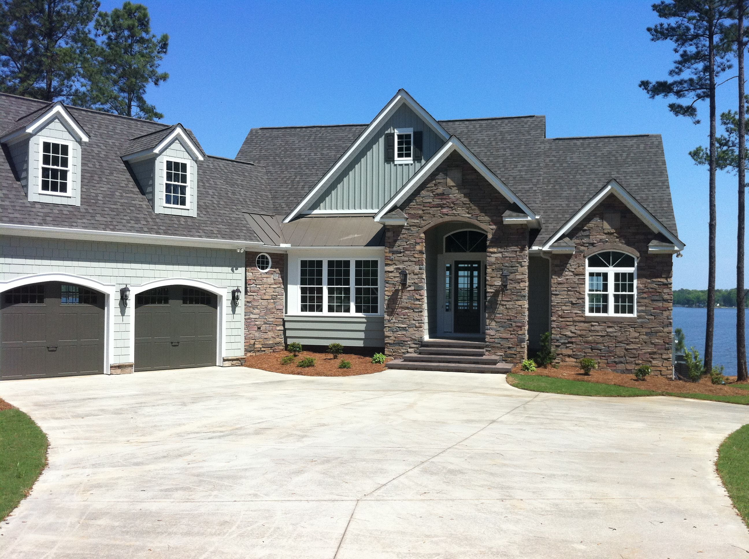 exterior colors with images lake house plans lake on lake cottage colors id=21530