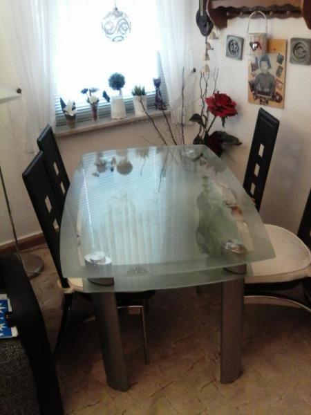 Glastisch Mit 4 Stuhlen Tisch Glastische Stuhle
