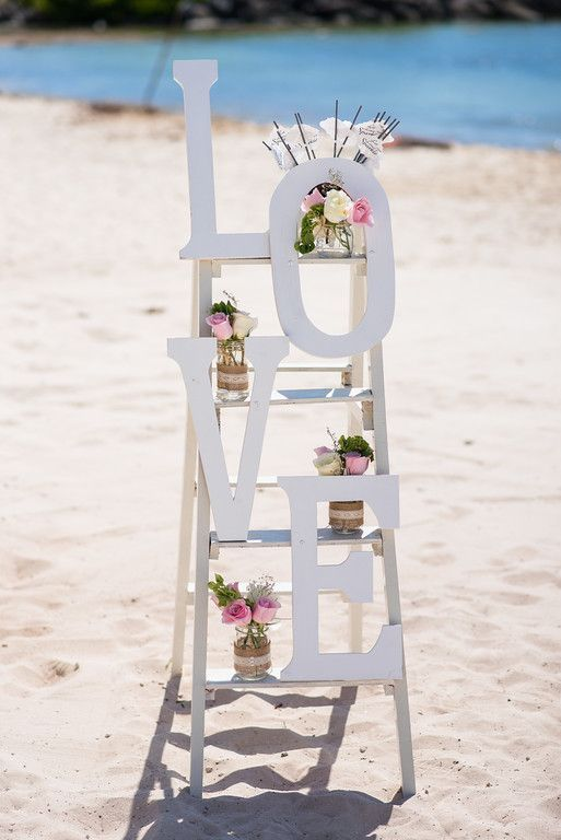 All signs point to love during your destination wedding at Now Jade Riviera Cancun!