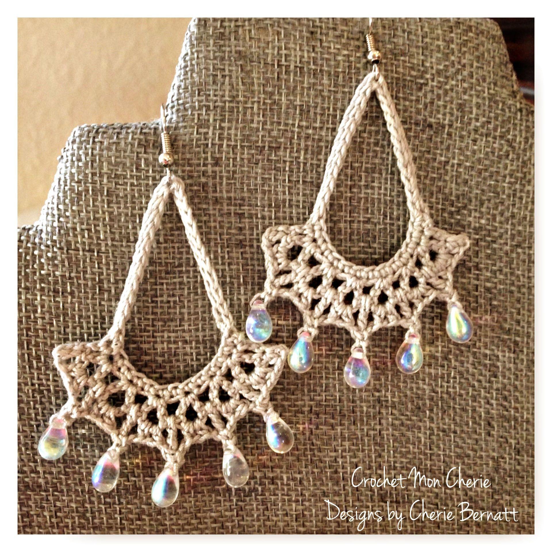 Free Crochet Pattern: Tanya\'s Teardrop Earrings (Pattern Paradise ...