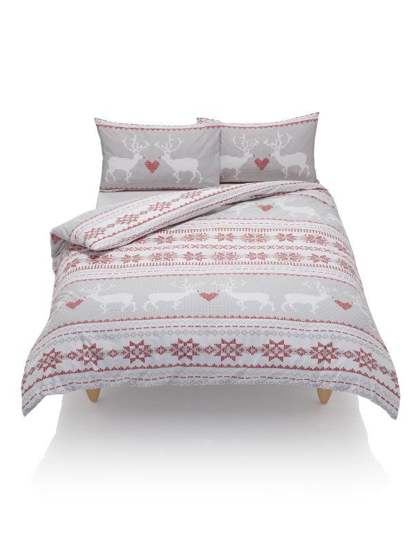 marks and spencer christmas bedding red white and grey. Black Bedroom Furniture Sets. Home Design Ideas