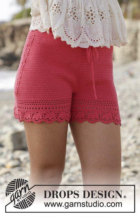 Beach Comfort / DROPS 190-25 - Gehäkelte Shorts mit Lochmuster. Größe S - XXXL. Die Arbeit wird gehäkelt in DROPS Safran. #shortslace