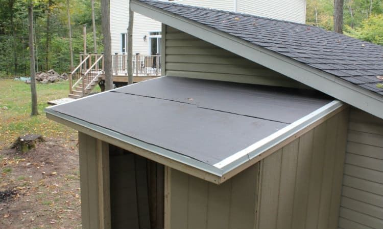 How To Repair A Shed Felt Roof In 2020 Shed Roof Repair Shed Roof Design Metal Shed Roof