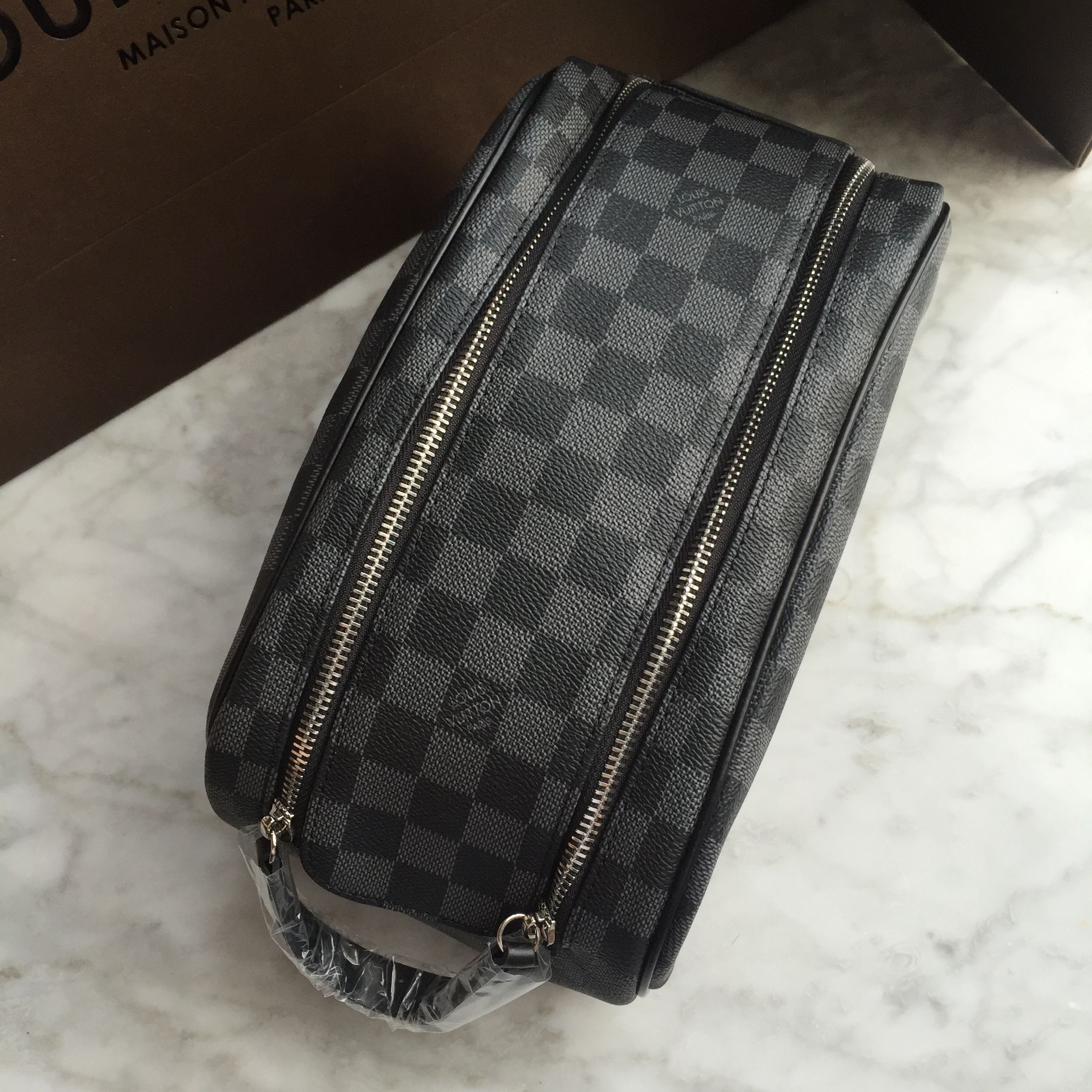 647399b23aa6 Louis Vuitton Lv toilet make up bag Damier graphite | Luggage in ...