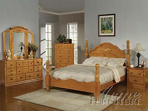 Wood Bed Set With Light Green Gray Walls Oak Bedroom Furniture Oak Bedroom Furniture Sets Oak Bedroom