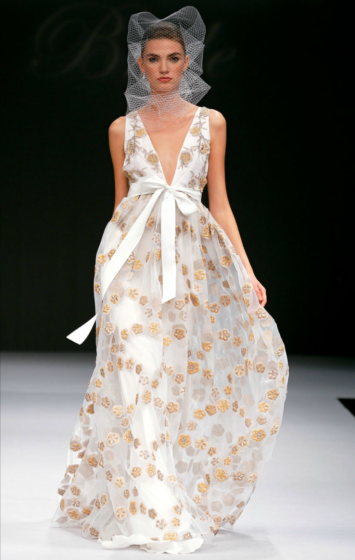 Wedding Dresses Get Printed In 2012: Ugly Wedding Dress Cake At Reisefeber.org