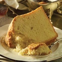 Mildred's Sour Cream Pound Cake (skulle være god til kagebunde og muffins). Brug evt yoghurt i stedet for creme fraiche.