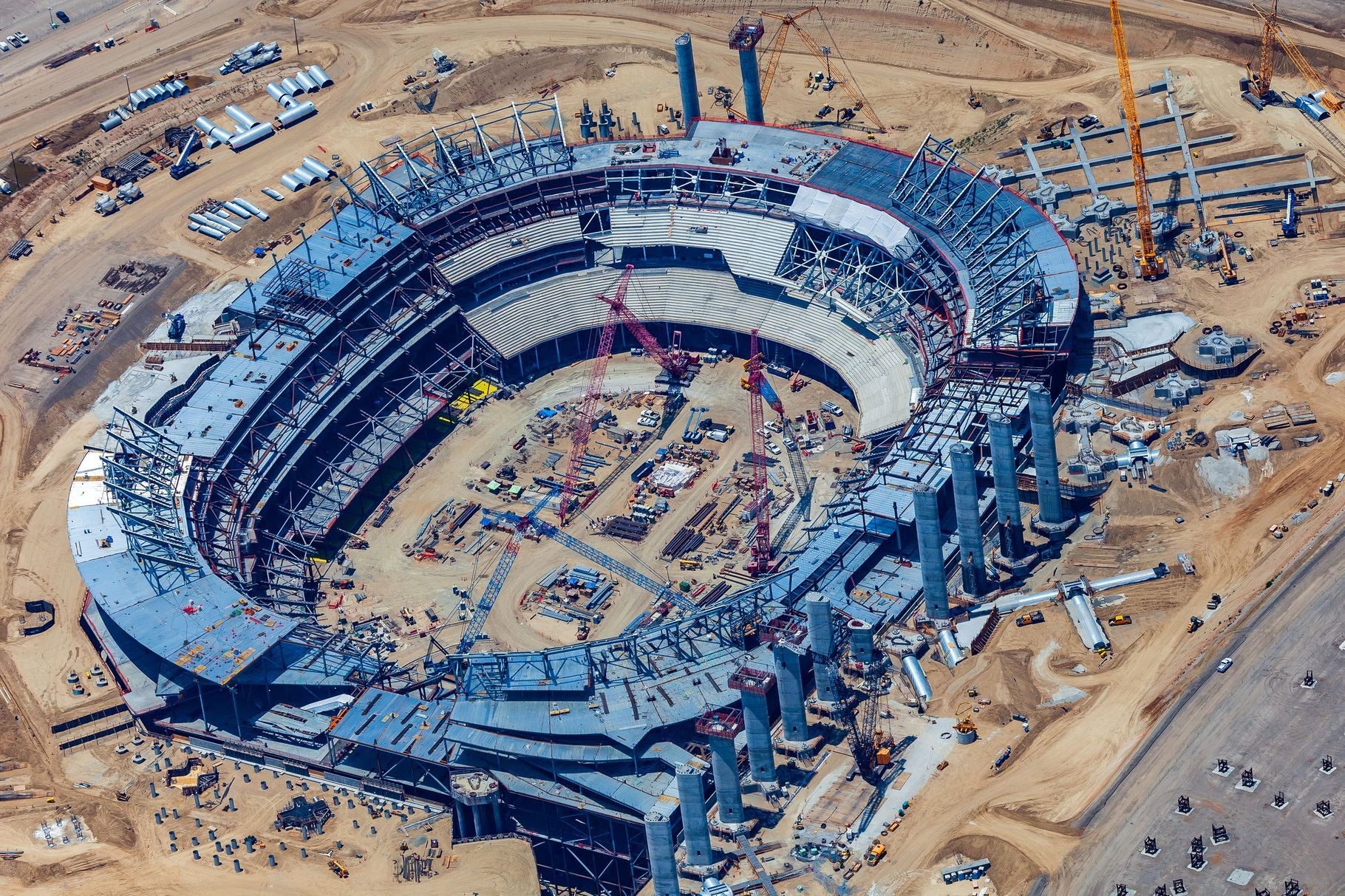Construction On Inglewood Football Stadium Is 40 Percent Complete Football Stadiums Nfl Stadiums Stadium