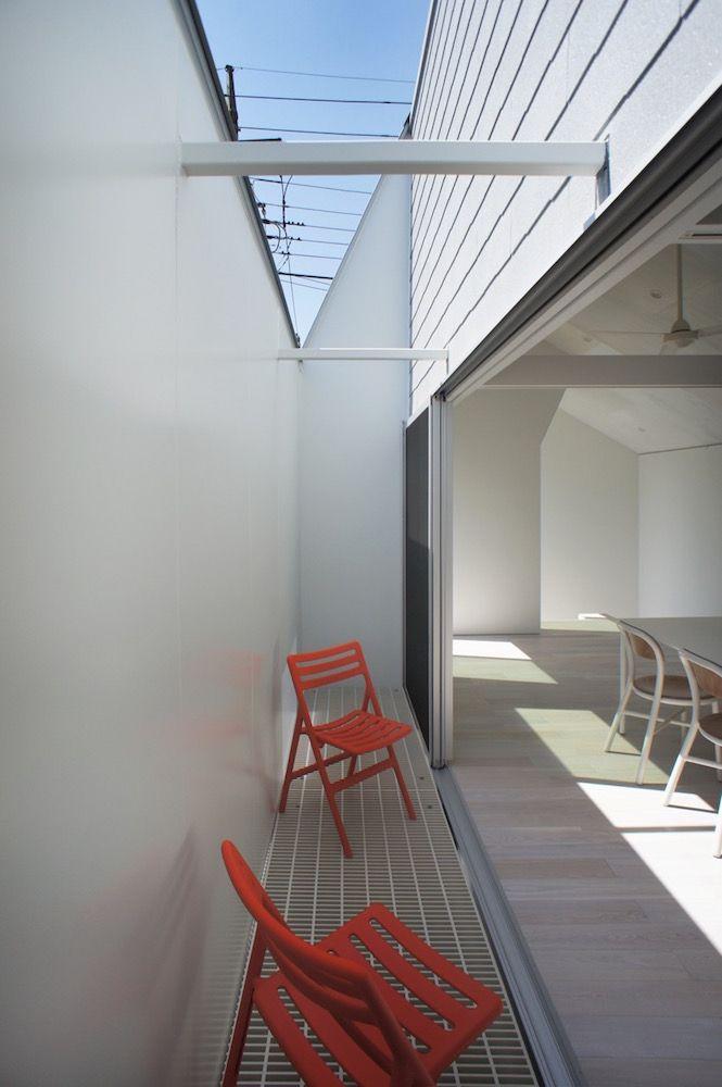 Japan Architects Com 住宅 グレーチング 光庭