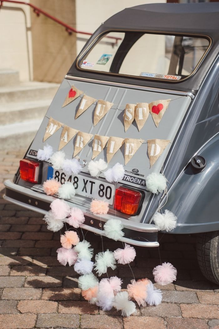 D coration voiture mariage just married wedding for Decoration voiture mariage
