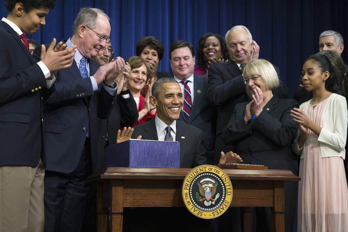 President Barack Obama signed into law legislation that replaces the landmark No Child Left Behind education law of 2002.
