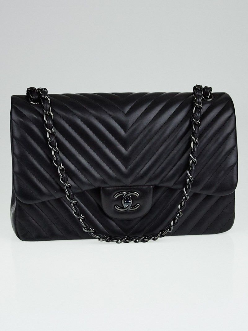 a95ff0944a2e65 Chanel Black Chevron Quilted Lambskin Leather So Black Double Jumbo Flap Bag