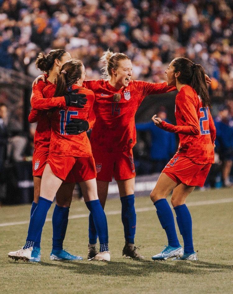 Pin by Samantha on uswnt Uswnt soccer, Women's soccer