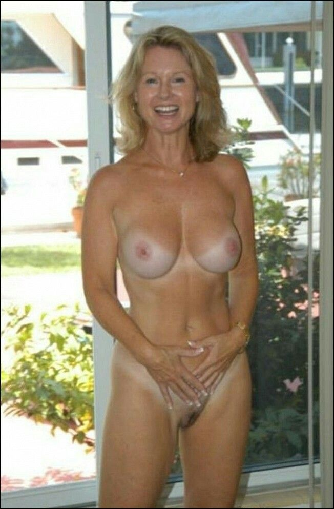 full frontal nude cougars