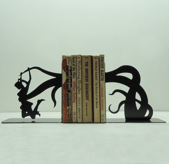 Tentacle Attack Metal Art Bookends