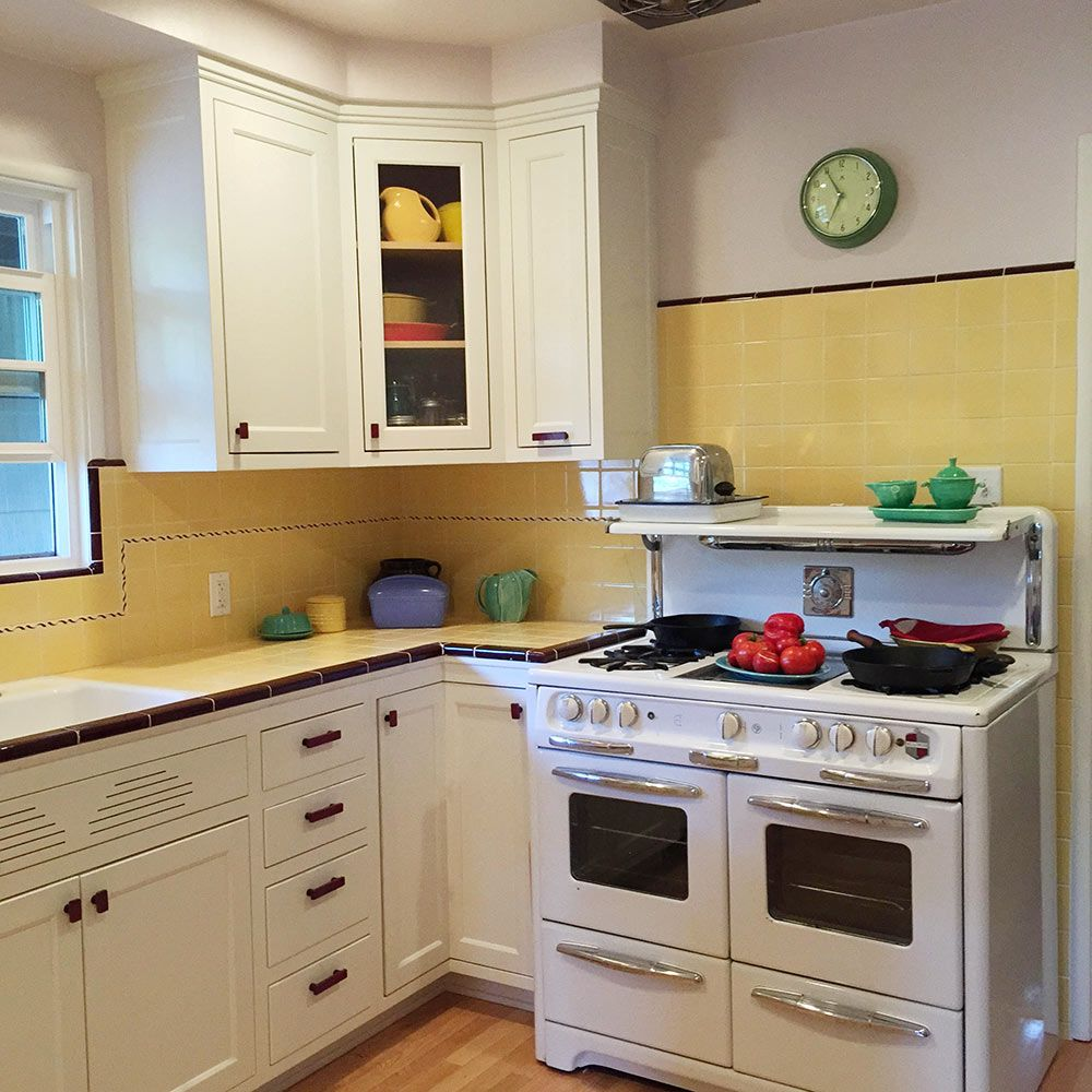 Uncategorized 1940s Kitchen Appliances carolyns gorgeous 1940s kitchen remodel featuring yellow tile with maroon trim