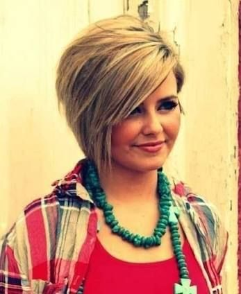 25 Beautiful Short Haircuts for Round Faces   Short hairstyle ...