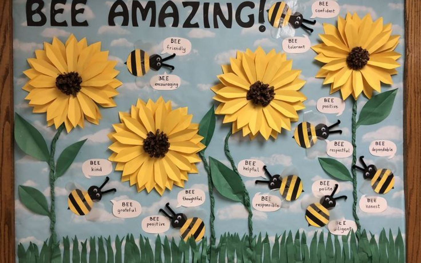 182 best Spring Bulletin boards images Board ideas in Sunflower Template for Bulletin Boards #rabulletinboards