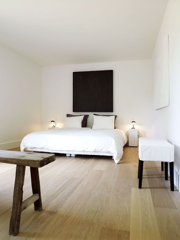 Sober And Modern Bedroom