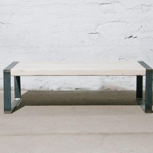 Couchtisch aus Recycling Holz und Stahl jetzt einfach und online ...