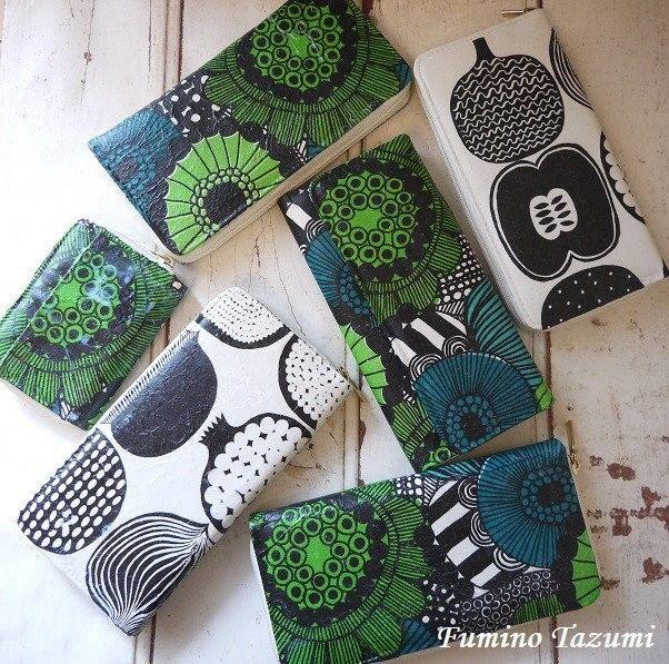 マリメッコのペーパーナプキンで100均のお財布をリメイクしてみまし