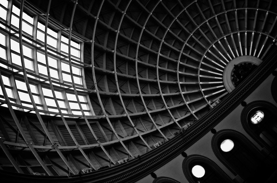 Vintage Balck And White Photos Architectures Leeds Roof Ceiling Airship Architectu Black And White Interior Architecture Design Architecture Photography