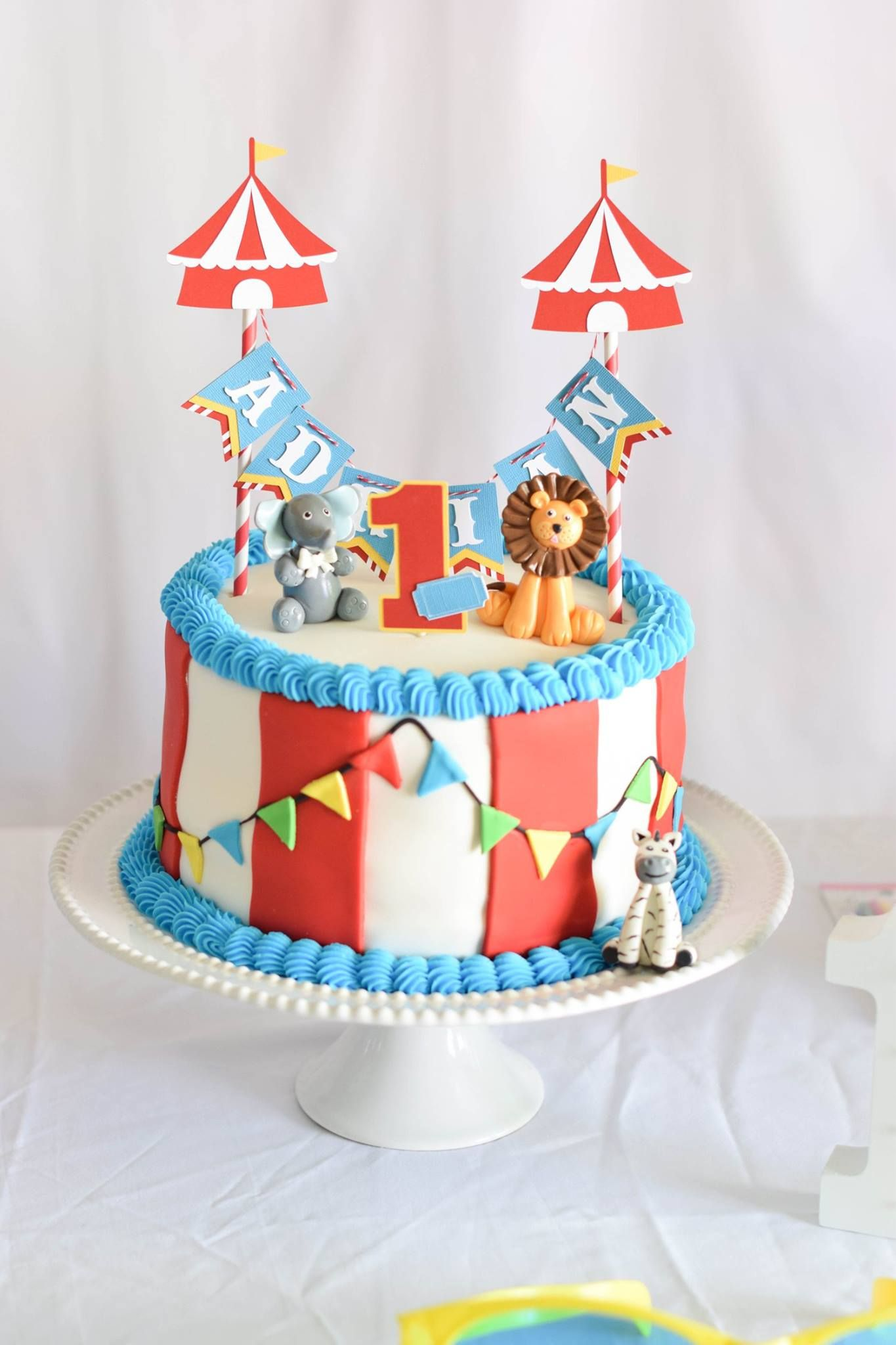 My Son S First Birthday Circus Themed Cake 1rst Birthday