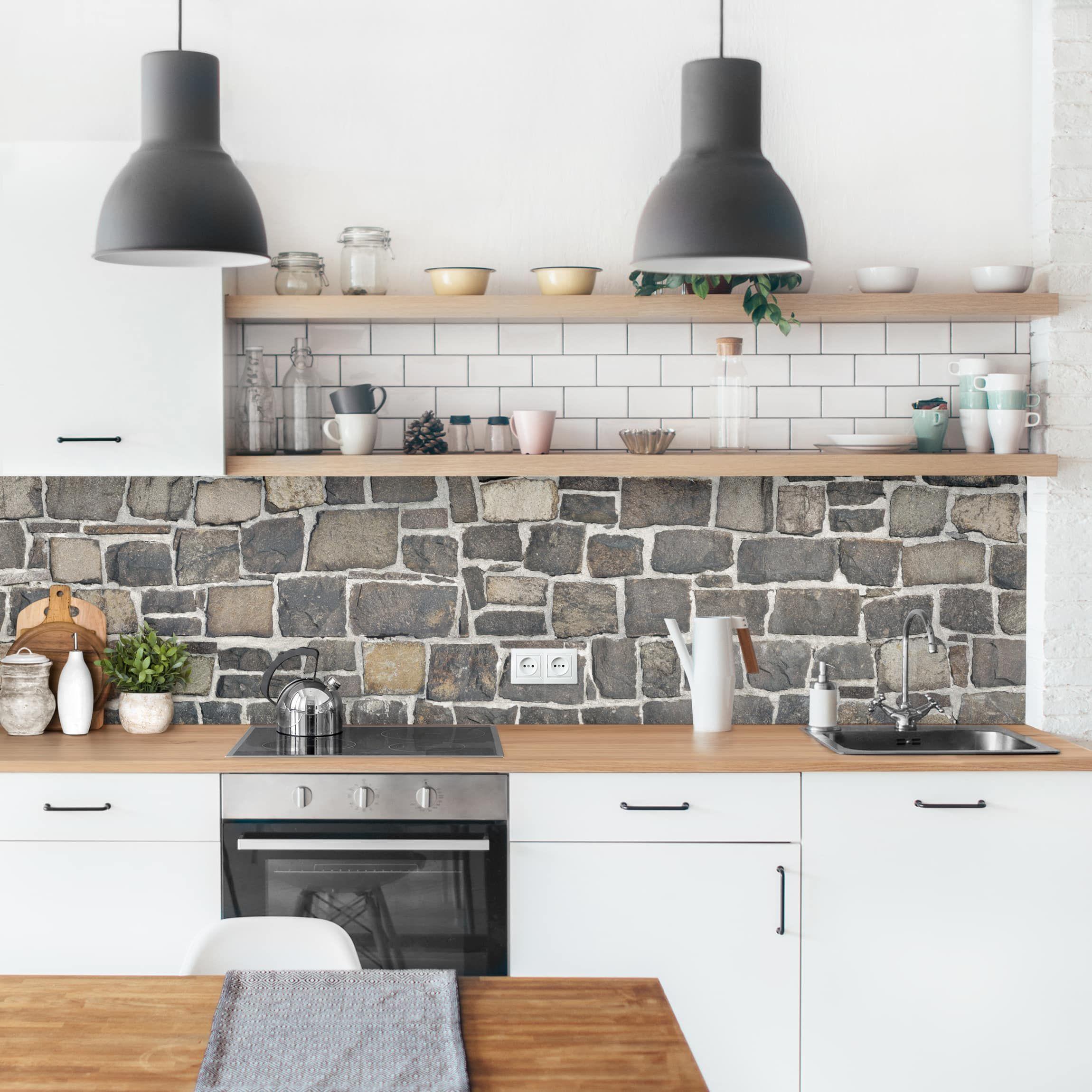 Rivestimento cucina Effetto muro di pietre naturali