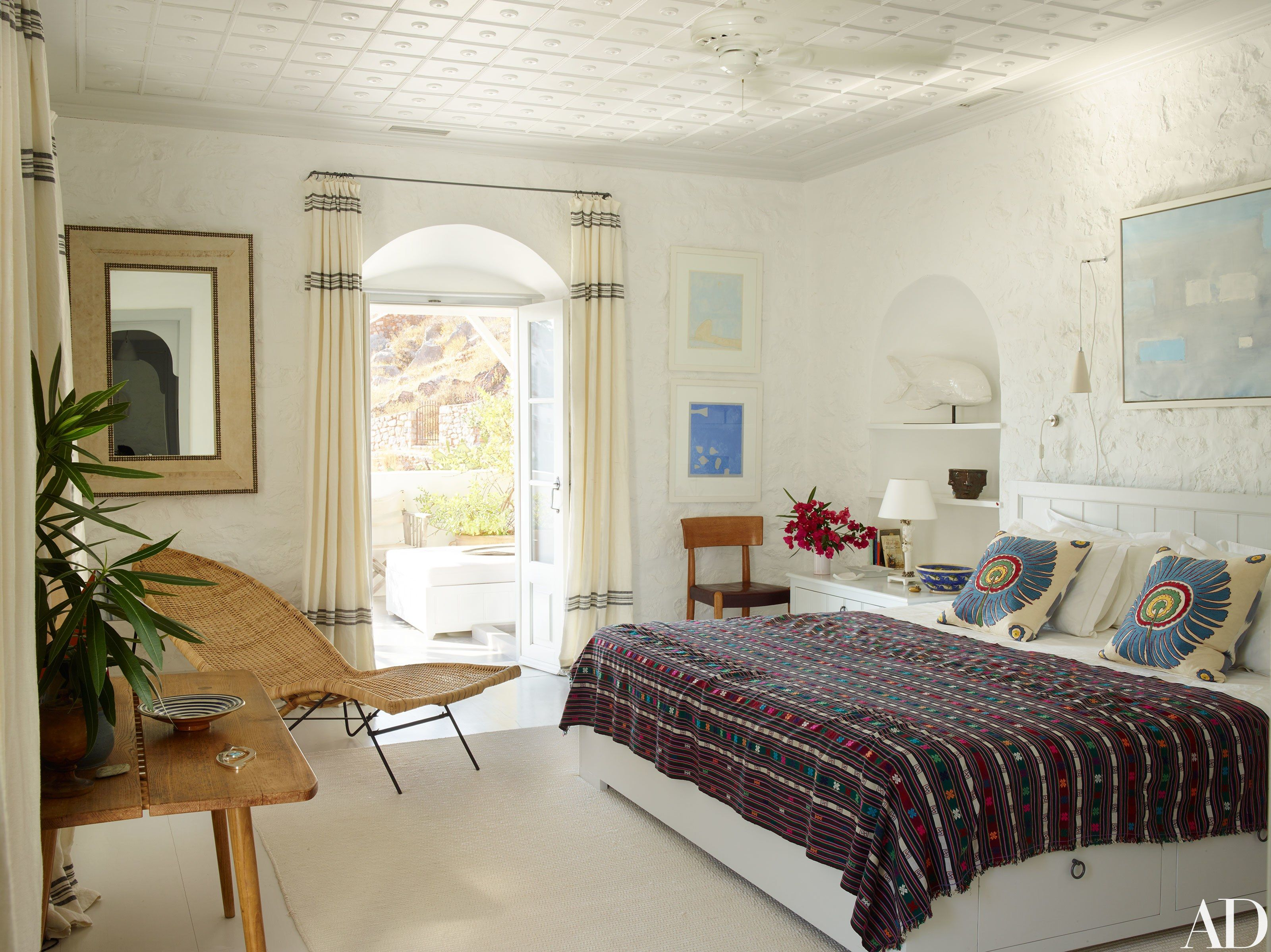 Visit A Globe Trotting Designer S Vacation Home In Greece